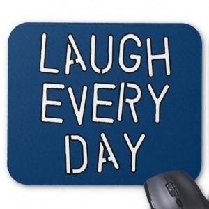 skratta_t_troja_for_varje_dag_gavor_om_laughter_musmatta-rc41b94e34d154b2eb492f15627221e57_x74vi_8byvr_512